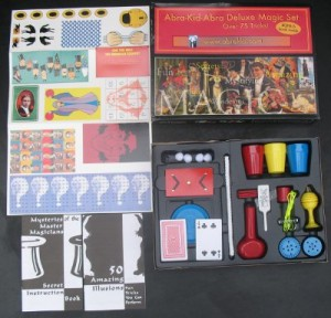 Deluxe Magic Set--inside view